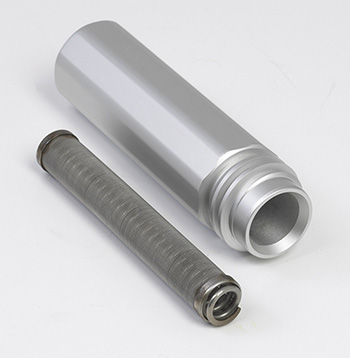 The high pressure filter is easily accesible